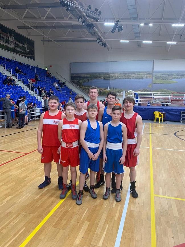 Команда спортсменов СШ Горки-10